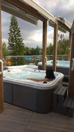 Georgioupolis Beach Hotel : GB Open Air Spa Jacuzzi