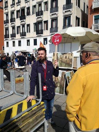 ANDREA TOUR GUIDE : Walking Tour in Venice