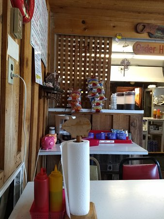 Selmer, TN: Pappy John's Original Barbecue