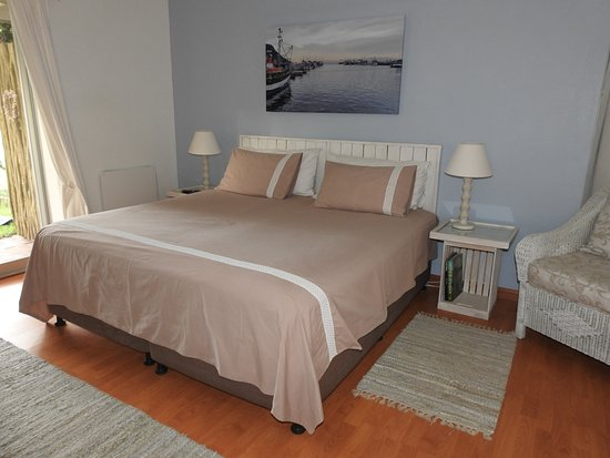 Waterford Guest House: Sunbird - king or twin beds optional.