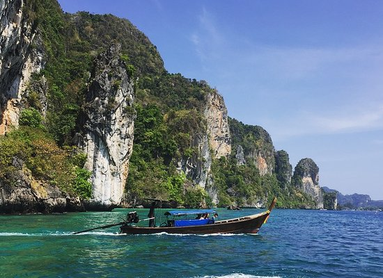 Full-Day Phi Phi and Khai Island Tour by Speedboat from Phuket: Full-day Phi Phi Islands Speedboat Tour from Phuket