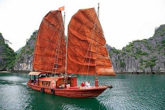 Vintage Junk Nang Tien Cruise: Ethnic Voyages Vinh