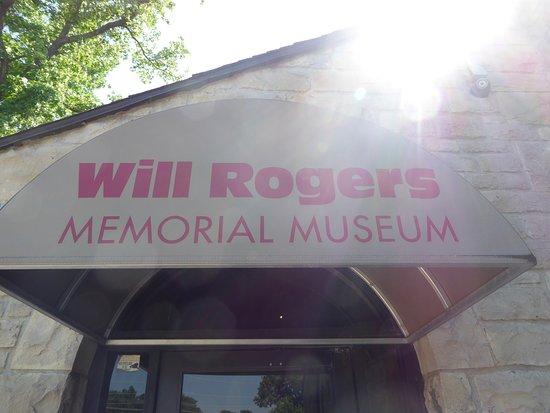 Will Rogers Memorial Museum: Sign