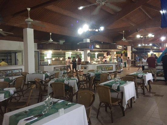 Memories Jibacoa: Buffet area