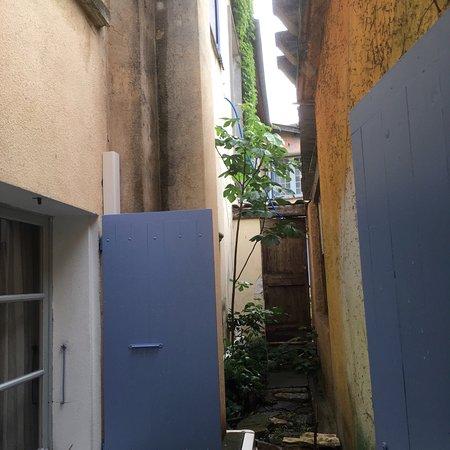 Chateau-Arnoux, Frankrike: Photo de la vue de notre chambre supérieure