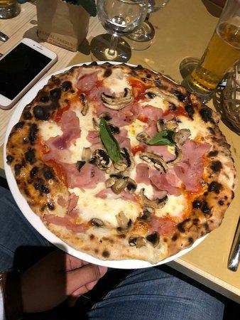 Neromora Paris Ristorante Pizzeria ภาพถ่าย