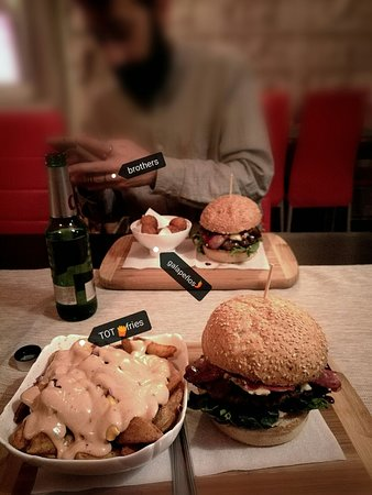 Tot Burger: TOT menu description