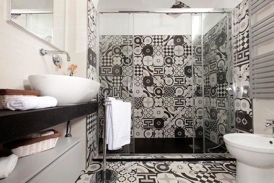 Hotel Villa Domizia: Camera Junior Suite - bagno