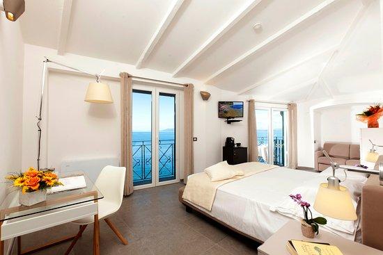 Hotel Villa Domizia: Camera Junior Suite interno