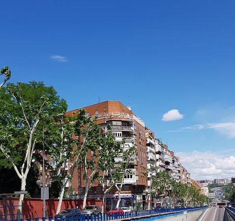 Plaza dr Mariano de Cavia