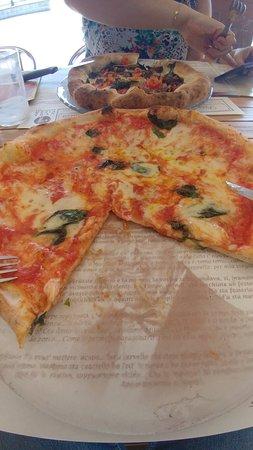 Pizzeria La Terrazza, Mediglia - Restaurant Reviews, Phone Number ...