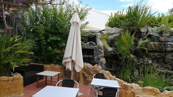 Hotel La Riviera: IMG_20180602_164316_large.jpg