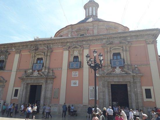 Basilica de la Virgen de los Desamparados: basílica20