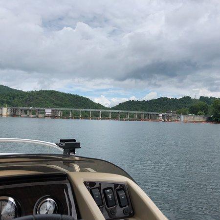 Santeetlah Lake: photo4.jpg