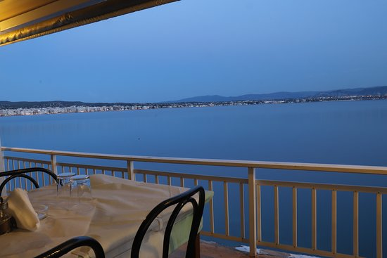view from neraida restaurant loutraki