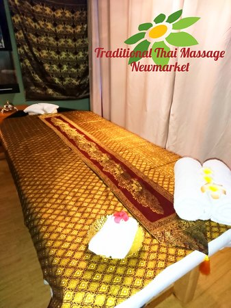 Traditional Thai Massage: Massage bed 3