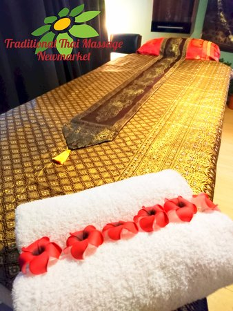 Traditional Thai Massage: Massage Bed 5
