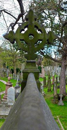 Dean Cemetery照片