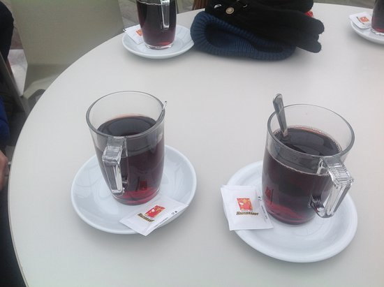 Prague Tour All Inclusive Tour: Hot wine on the river boat