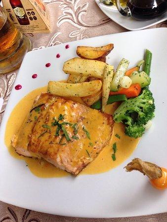 Foto de Full House  & Peruvian Cuisine
