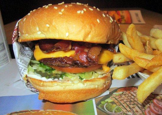 The Habit Burger Grill: BBQ Bacon Charburger