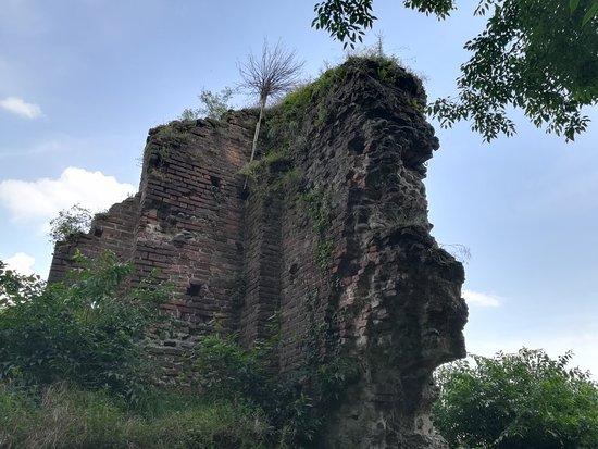 Castello Visconteo – fotografija