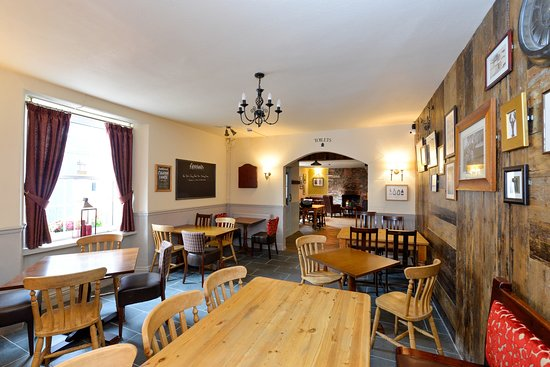 The Old Inn: Dog Friendly Dining Throughout the Pub