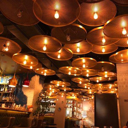 Varvara Cafe: Fantastic food and beverages !