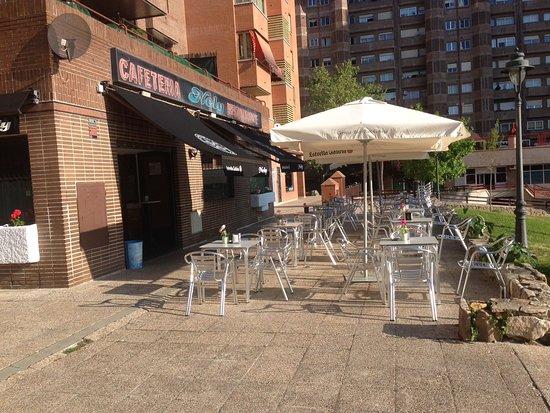RESTAURANTE CAFETERIA NELY, Tres Cantos - Fotos, Número de ...
