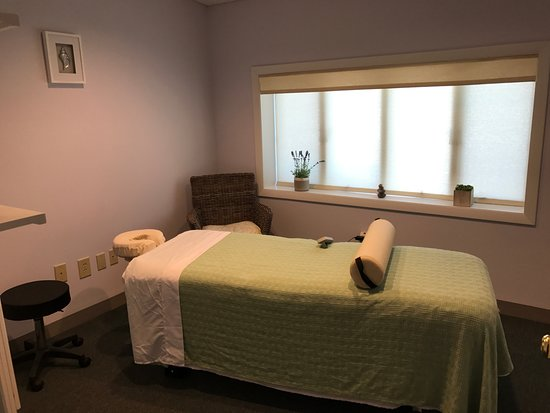 LifeBloom Massage & Spa: LifeBloom Signature Facial includes everything from cleansing, exfoliating extractions, moisturi