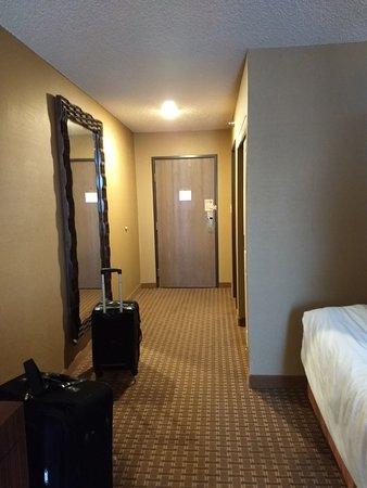 Excalibur Hotel & Casino: Entrada do quarto
