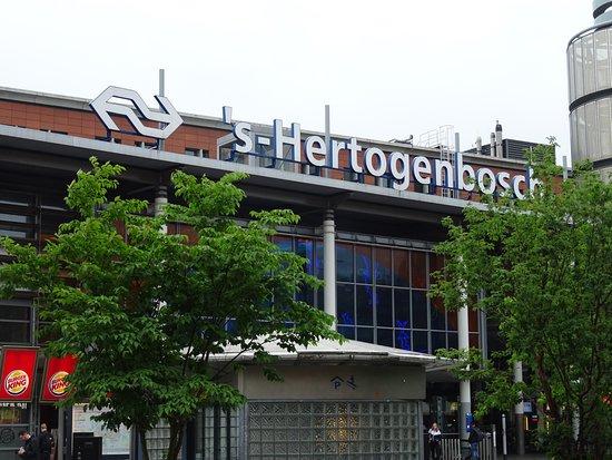 NS Station-Den Bosch-'s Hertogenbosch
