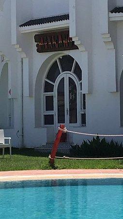 Houria Palace Hotel: Bar closed