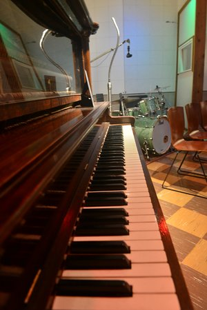 RCA Studio B: RCA