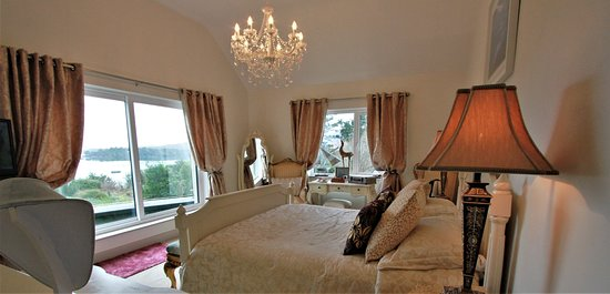 Bay View Boutique Bed & Breakfast Photo