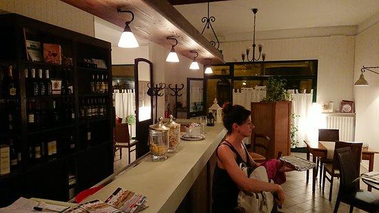 Migliaro, Italy: Sala bar