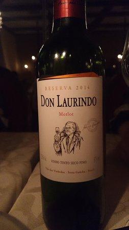 Leopoldina Restaurant : Vinho local