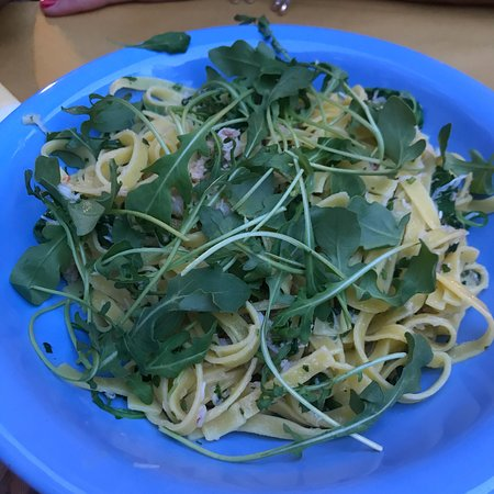 La Colonna: Pasta with crab meat and rocket