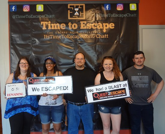 Time to Escape: the Escape Room Experience (Chattanooga): The fabulous five with fifty-one seconds left!