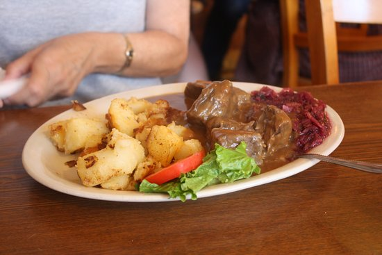 Old German Bakery and Restaurant: Sauerbraten
