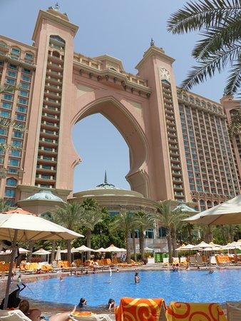 Atlantis, The Palm: Pool vor Atlantis