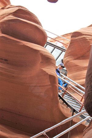 Dixie Ellis' Lower Antelope Canyon Tours : The stairs down - safely taken from the bottom of the canyon