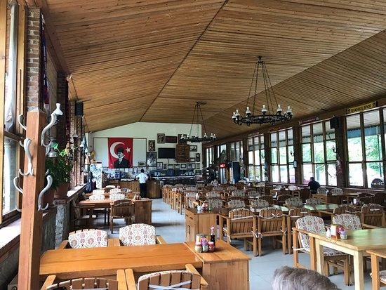Kuyucak, Tyrkia: Restaurant