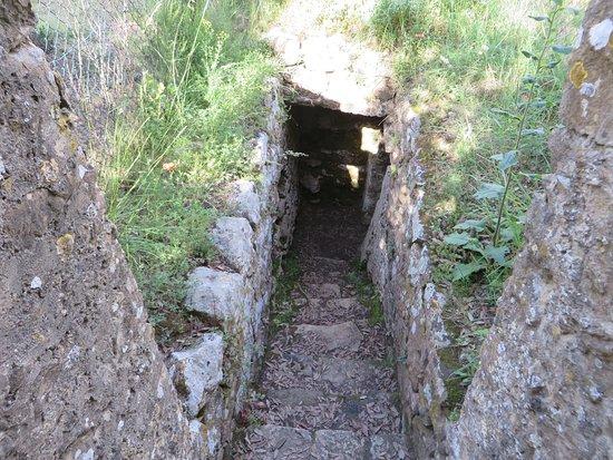 Volterra, Italie : Necropoli del Portone