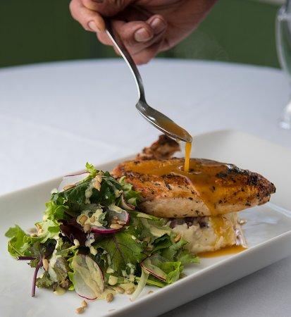 Spoon Restaurant : Lemon Rosemary Chicken