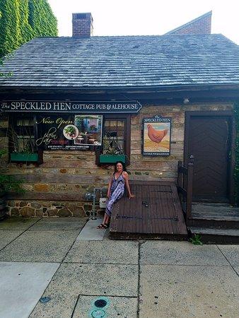 The Speckled Hen Cottage Pub & Alehouse Image