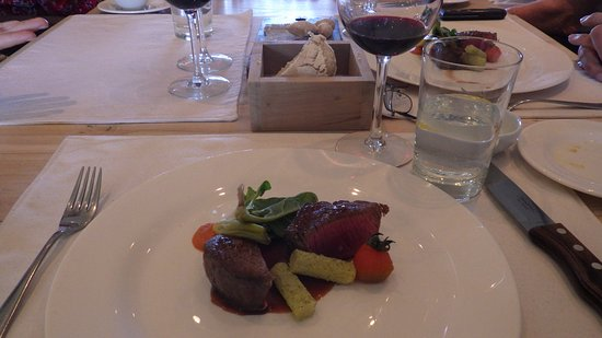 Mendoza Wine Camp: Lunch at Vistalba