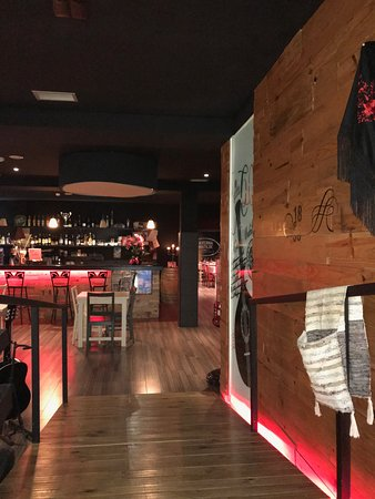 Figueira de Castelo Rodrigo, Portugalia: Entrada do bar - acesso ao restaurante