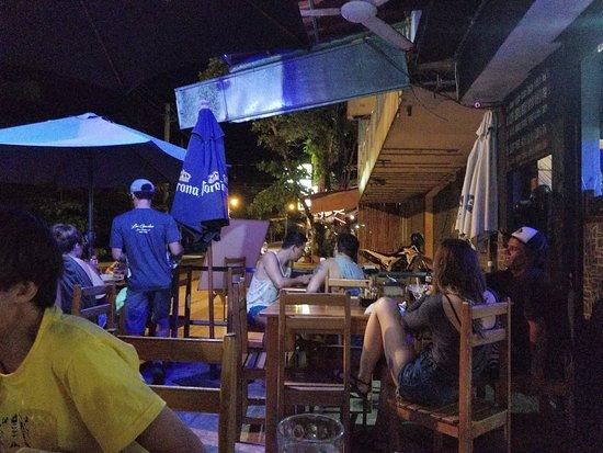Bar y Rest Las Gamelas: evening
