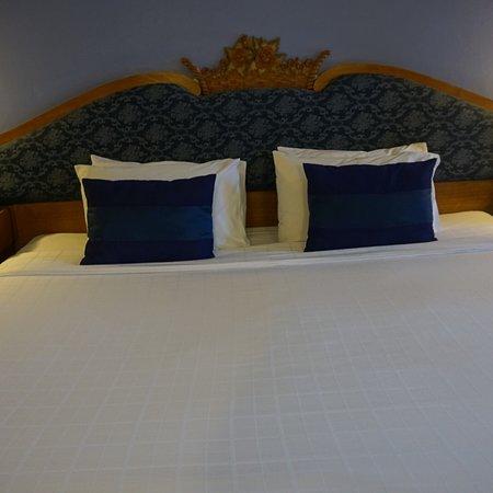 Lotus Hotel Pang Suan Kaew: โรงแรมโลตัส ปางสวนแก้ว